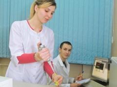 Магистранты за выполнением лабораторных работ